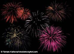 istock_000004608484xlarge-fireworks.jpg