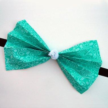 Clown's bow tie